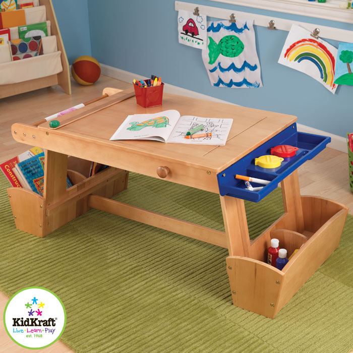 kidkraft kinder zeichentisch mit hocker schreibtisch ebay. Black Bedroom Furniture Sets. Home Design Ideas