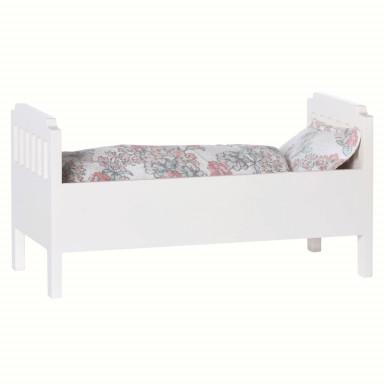 Maileg Puppenhausmöbel Bett für Hasen weiß