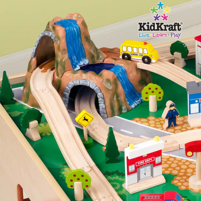Waterfall Mountain Train Set and Table 17850