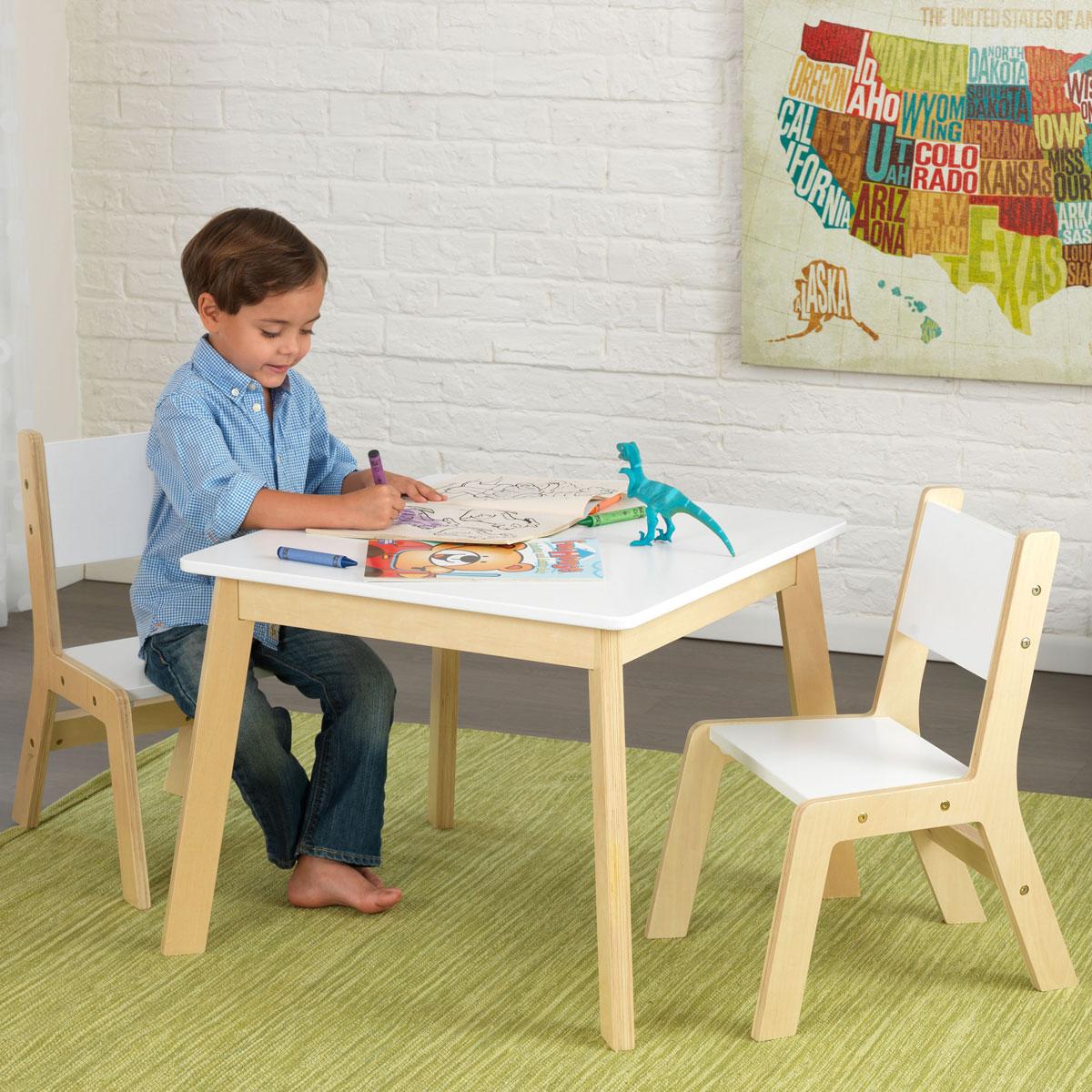 kidkraft moderner tisch mit 2 st hlen 27025 aus holz pirum. Black Bedroom Furniture Sets. Home Design Ideas