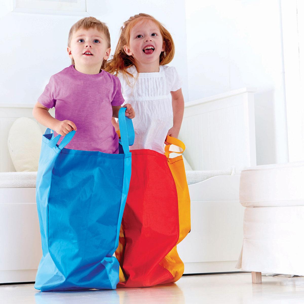 hape sackh pfen spielzeug f r draussen e4306. Black Bedroom Furniture Sets. Home Design Ideas