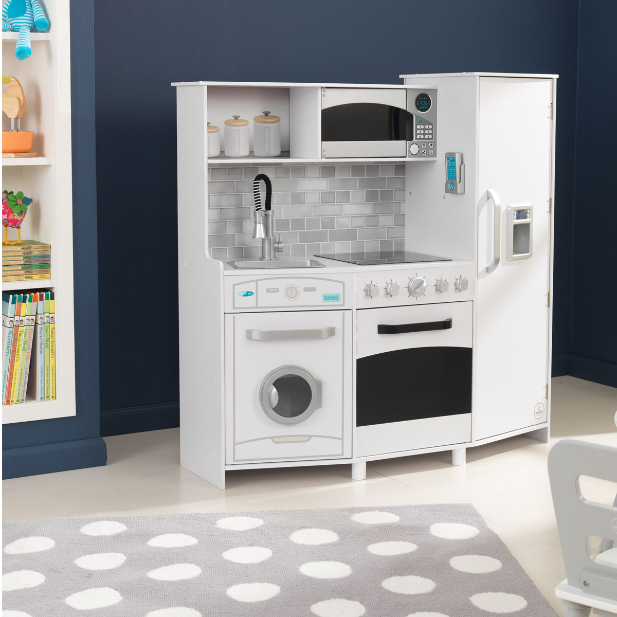 Large Play Kitchen: Kidkraft Large Play Kitchen