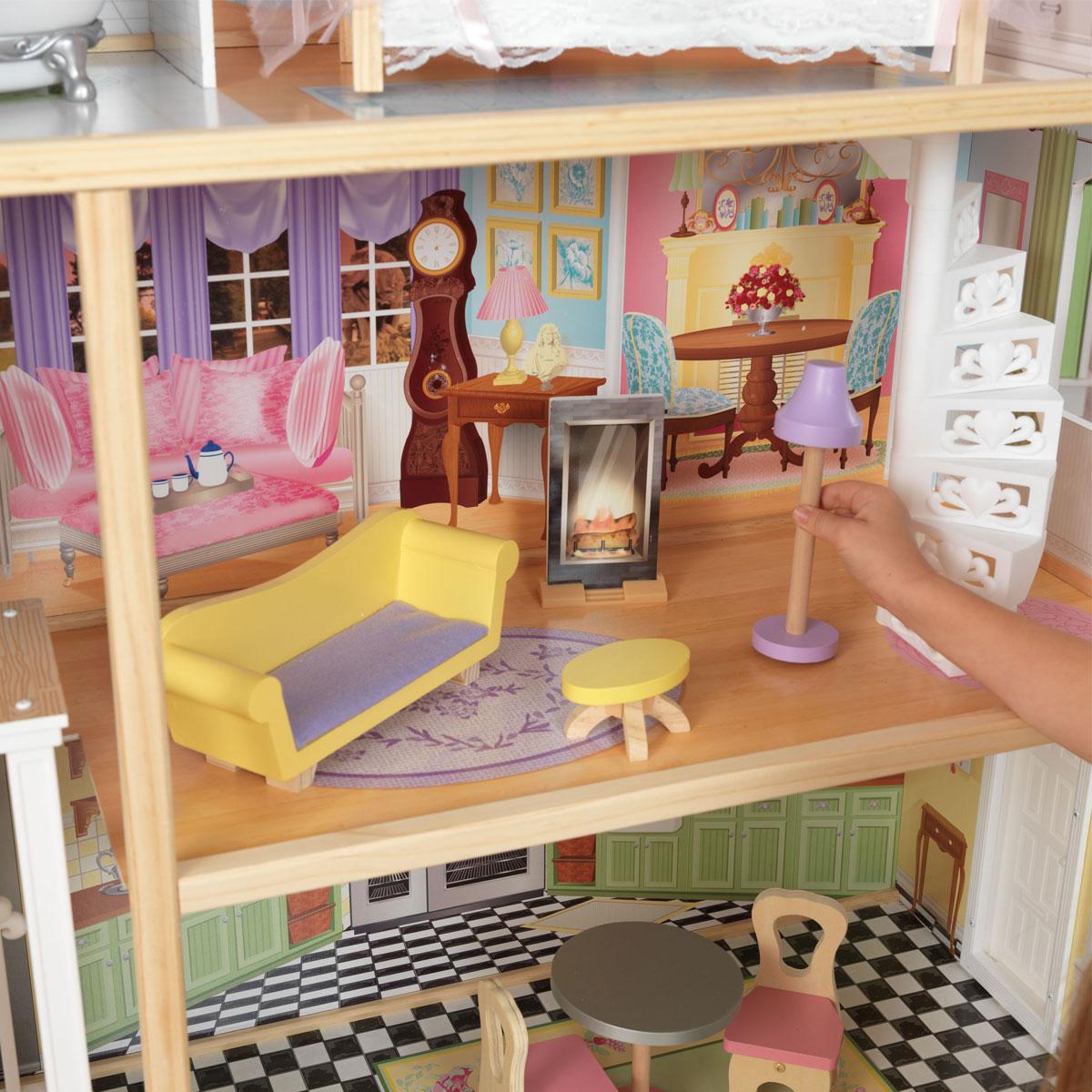 Kidkraft puppenhaus kaylee 65251 pirum for Barbiehuis meubels