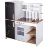 London children's kitchen from Roba
